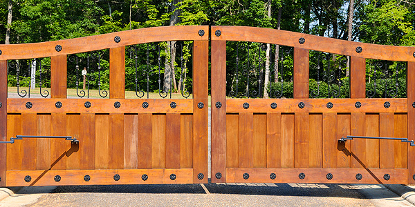 redwood residential automatic gates