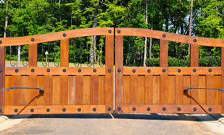 wooden electric Gate in Essex