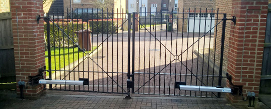Electric gate repairs in Bedford by 1st Choice Security Systems