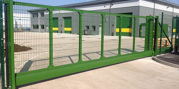 green commercial automatic gates
