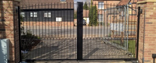 Automatic Gates Bedford | Automatic Gates Repair | Automatic Gate Installation